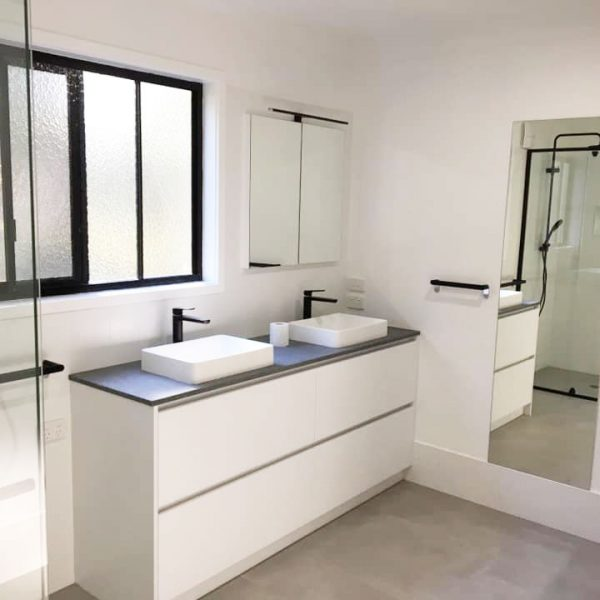 Bathroom designed and built by Gecko Kitchens builder of Kitchens, Bathrooms and Laundries Brisbane.