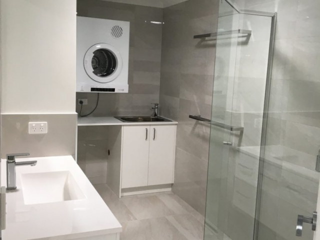 Kitchen and Bathroom builder and designer, Gecko Kitchens is a qualified licence builder for Kitchens, Bathrooms, Laundries in Brisbane